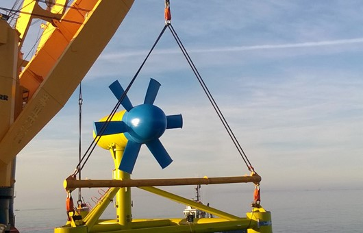 Deployment of tidal turbine_in the Fromveur Passage.jpg