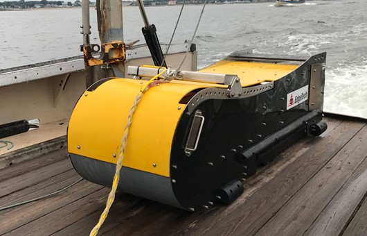 2300 - COMBINED SIDE SCAN SONAR, BATHYMETRY & SUB-BOTTOM PROFILING SYSTEM 1